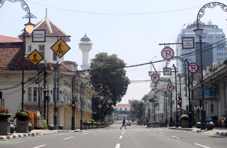 tampilan jalanan Bandung yang lengang