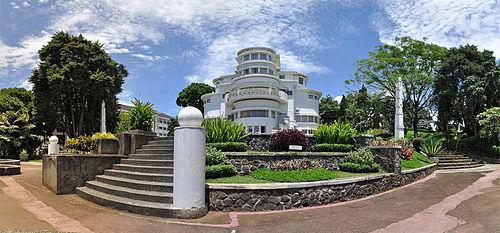 Universitas di Bandung