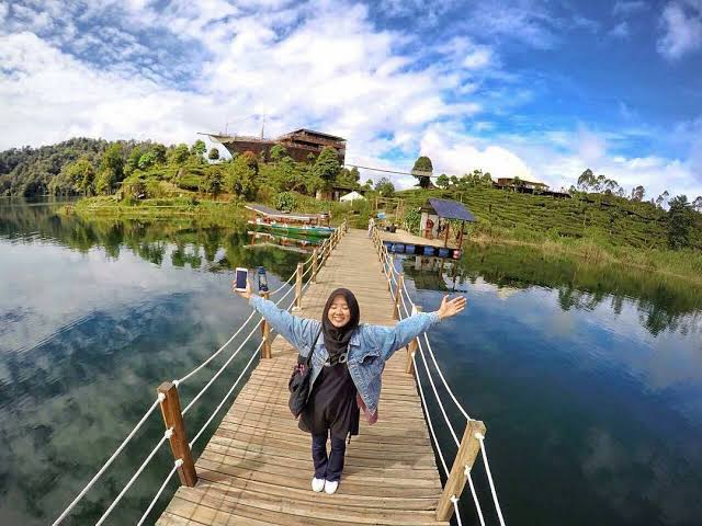 Glamping Lakeside Bandung